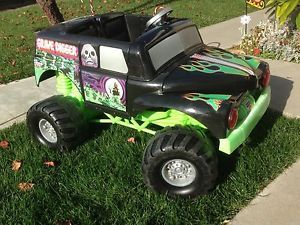 Fisher Price Power Wheels Grave Digger Ride on Toy and Kawasaki Quad