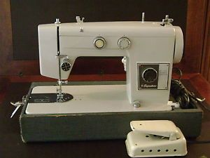 Heavy Duty Signature Zig Zag Sewing Machine