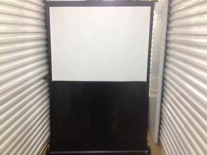 Da Lite Retractable 3 x 4 Portable Easy Fold Projector Screen