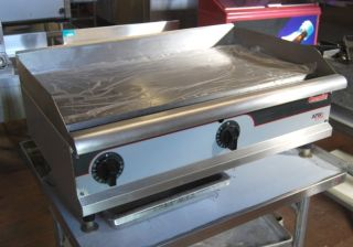 "APW Wyott 36"" Gas Grill Griddle with Thermostats"