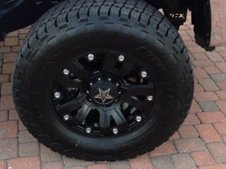 "SR5 5 7L Crewmax 4 Door 4x4 4 Wheel Drive Custom Wheels Lifted 6 "" Lift Kit"