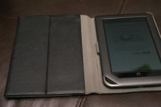 Barnes Noble Nook Color Tablet Easel Cover Silicone Case 8GB MicroSD Charger