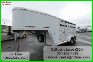2003 Exiss CX300 Aluminum 24' Fifth Wheel Horse Trailer Towable