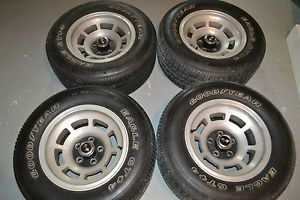 76 77 78 79 80 81 82 Corvette Wheels Rims Tires Set of 4 with Center Caps