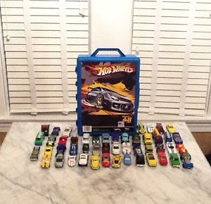 Hot Wheels 48 Car Carrying Case and 48 Assorted Hotwheels and Matchbox Cars
