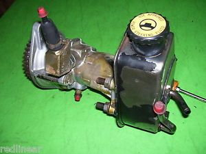 01 Dodge RAM Cummins Turbo Diesel Engine Vacuum Pump Power Steering Assy