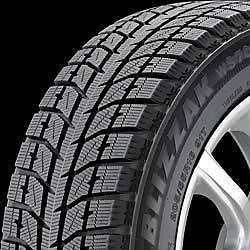 Bridgestone Blizzak WS70 225 55 18 Tire Set of 4