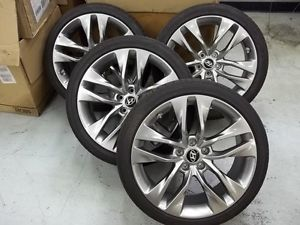 19'' 2013 Hyundai Genesis Factory Wheels Rims and Tires Used