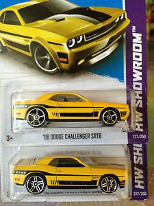 Hot Wheels 2013 Dodge Challenger SRT8 Wheel Variation