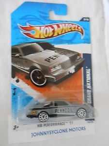 Hot Wheels 1987 Buick Grand National Turbo Coupe Silver Race Car