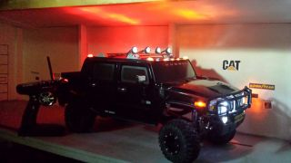 1 6 Hummer with Wheels and Tires Aluminum Frame Battery Tray Huge