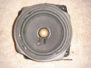 98 99 00 01 02 Oldsmobile Intrigue Passenger Right Front Bose Door Speaker