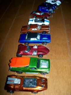 Hot Wheels Collection Red Lines 87 Cars 21 Badges Cases Included Vintage
