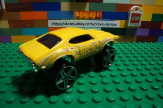 Hot Wheels Yellow Olds 442 w 30 Graffiti Riders Diecast HW City Series 34 250