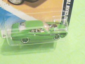 Hot Wheels '72 Ford Gran Torino Sport Muscle Mania Ford '12 Green Black Design