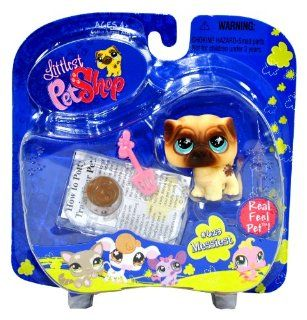 "Hasbro Year 2007 Littlest Pet Shop Portable Pets ""Messiest"" Series Collectible Bobble Head Pet Figure Set #623   PUG Puppy Dog with Dog Dropping, Scooper and Newspaper (65462) Toys & Games"