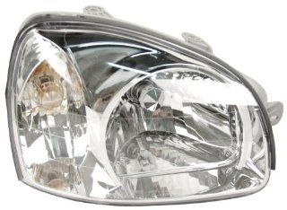 OE Replacement Hyundai Santa Fe Passenger Side Headlight Assembly Composite (Partslink Number HY2503129) Automotive