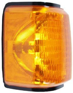 OE Replacement Ford Passenger Side Parklight Assembly (Partslink Number FO2521105) Automotive