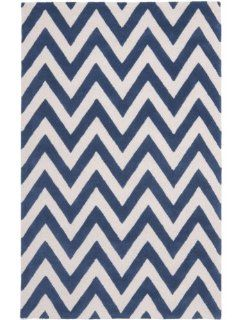 Safavieh CAM139G Cambridge Collection Handmade Wool Area Rug, 5 Feet by 8 Feet, Navy Blue and Ivory
