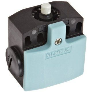 Siemens 3SE5 242 0HC05 1CA0 Mechanical Position Switch, Complete Unit, Plastic Enclosure, 50mm Width, Rounded Plunger, Increased Corrosion Protection, Snap Action Contacts, Integrated, 1 NO + 1 NC Contacts