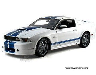 Sc351w Shelby   Ford Shelby Gt350 Hard Top (2011, 118, White w/ Blue Stripes) Sc351 Diecast Car Model Auto Vehicle Automobile Metal Iron Toy Toys & Games
