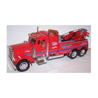 Jada Toys 1/32 Scale Road Rigz Collection Peterbilt Model 379 Tow Truck american in Color Red Toys & Games